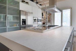 Piano Cucina in agglomerato di quarzo Santamargherita